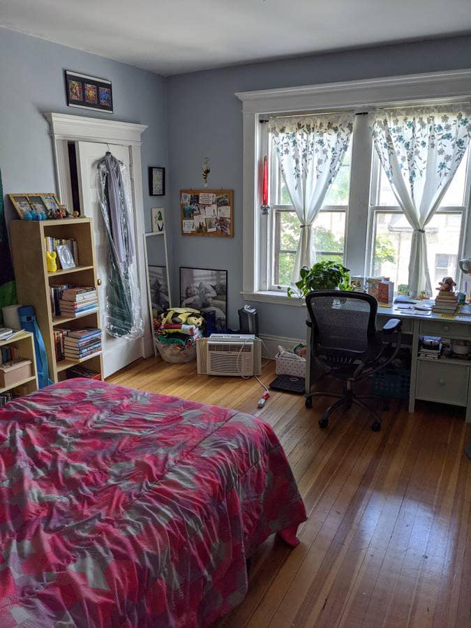 brookline Room for Rent